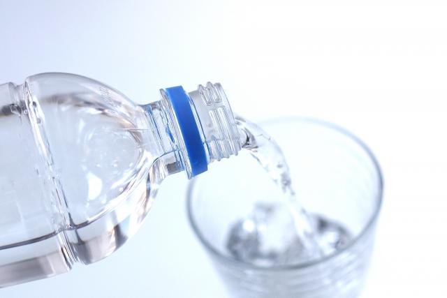 体の水分量を増やしたい!水分量を増やす水の飲み方&選び方