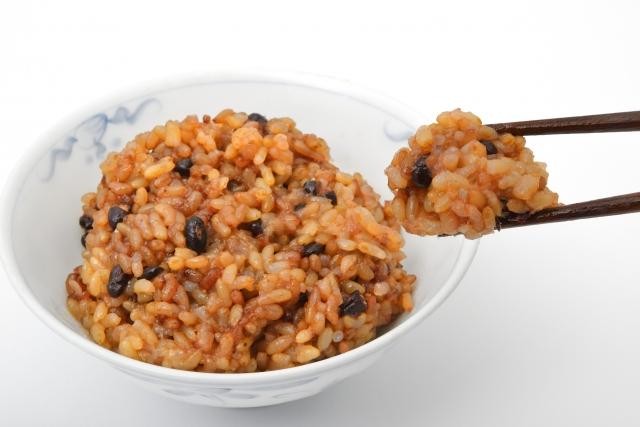 寝かせ玄米を食べるメリットや作り方!2合炊きで挑戦しよう!