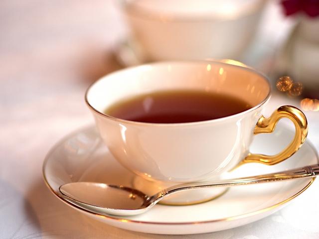 紅茶の効能とは?産地別の茶葉の特徴や砂糖の種類について