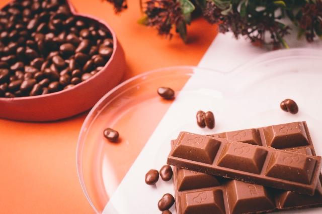 体に優しいチョコレートの選び方!植物油脂の体への影響は?