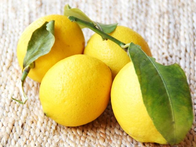 レモンピールを作ろう!皮を砂糖で煮て乾燥させるだけ!