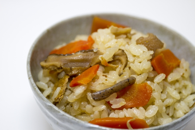 炊き込みご飯の冷凍保存目安は?具のこんにゃくも冷凍可能?