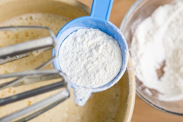 小麦粉と砂糖で作れる料理は沢山!お菓子やおかずも作れます