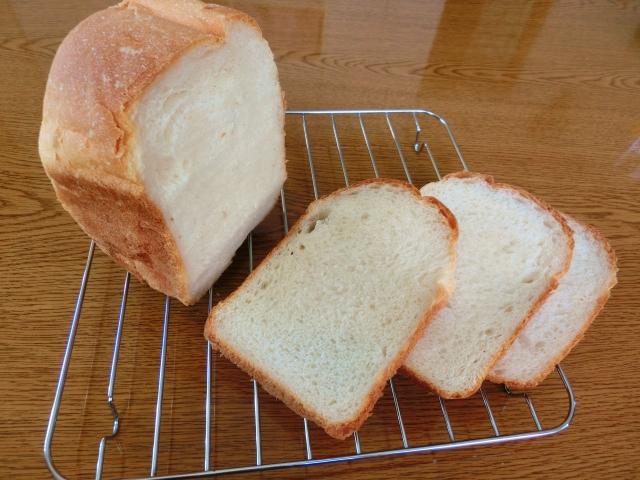 ホームベーカリーで食パンを焼くには?たっぷりバター風味