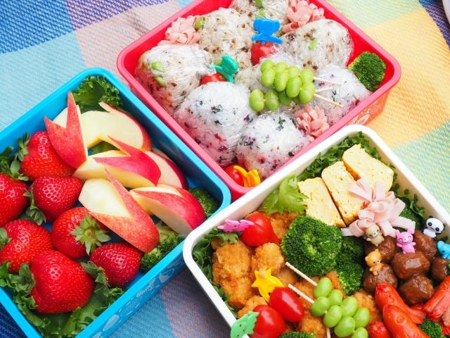 お弁当を彩る色とは?野菜が綺麗な簡単レシピも必見!