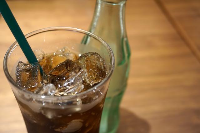 コーラはただの身体に悪い砂糖水ではない!理由を探そう!