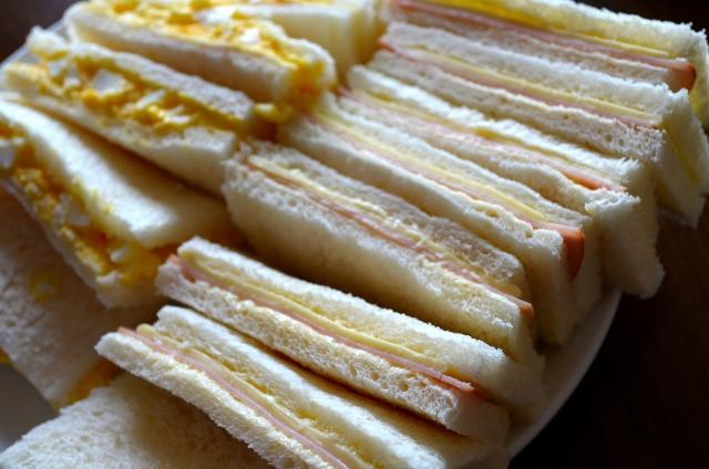 卵とチーズと食パンで美味しいトーストを焼く!方法はコレ!