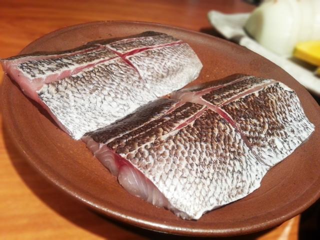魚の下処理は霜降りが簡単で丁寧である。そのメリットとは。