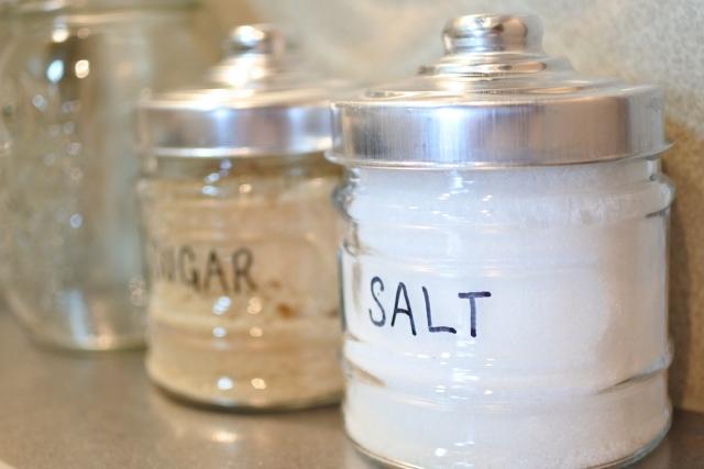 塩や砂糖の適した収納場所は!?片付け上手になれる収納術