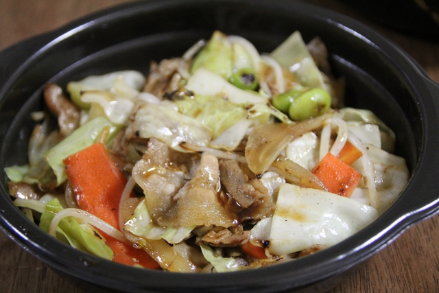 野菜たっぷりキャベツの味噌炒め!今夜の献立に使えるレシピ