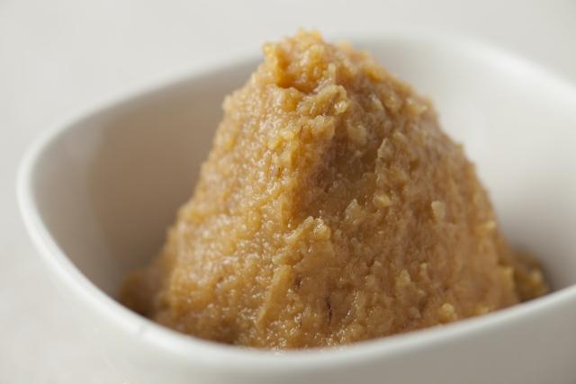 丸めるだけでカンタンにおいしい味噌汁!味噌丸の作り方
