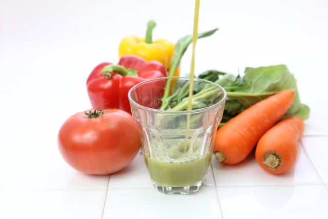 野菜ジュースはいつ飲むのがおすすめ?健康に良い摂り方とは