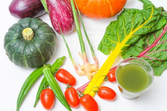 野菜ジュースの美味しい作り方。ジューサーで作ると健康的?