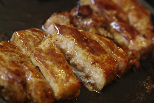 安くておいしい豚肉ステーキのカロリーはどう抑えれば良い?