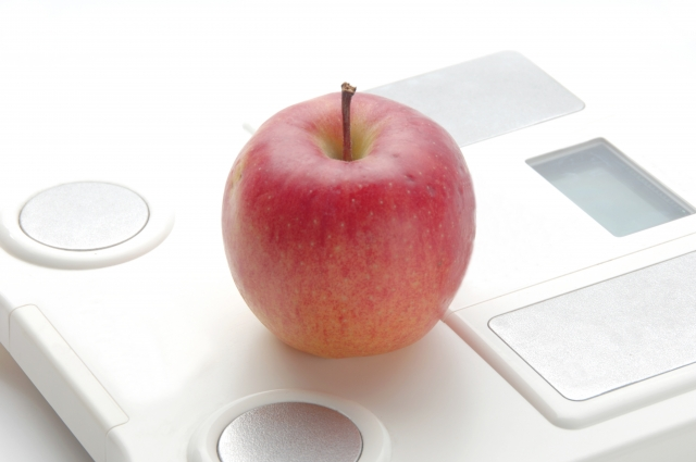 りんごでカロリー制限!噂の夜りんごダイエットとは?