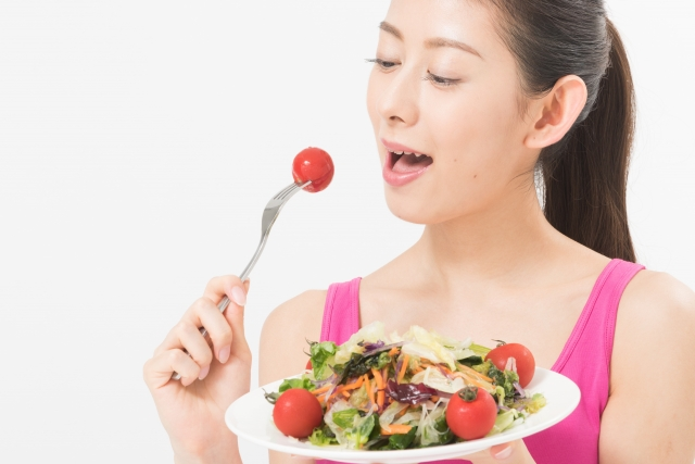必要カロリーはそれぞれ違う?女性の一日に必要なカロリー