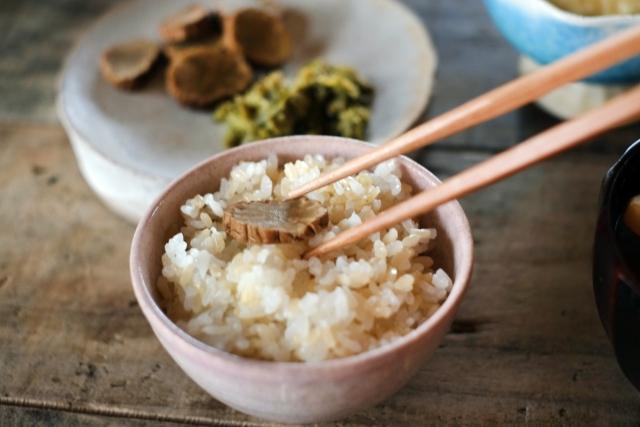 「玄米は身体にいいのか悪いのか?」本当のところを知りたい