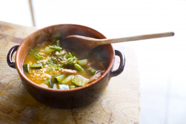 スープジャーで楽しむ!栄養満点な玄米のあたたかいリゾット