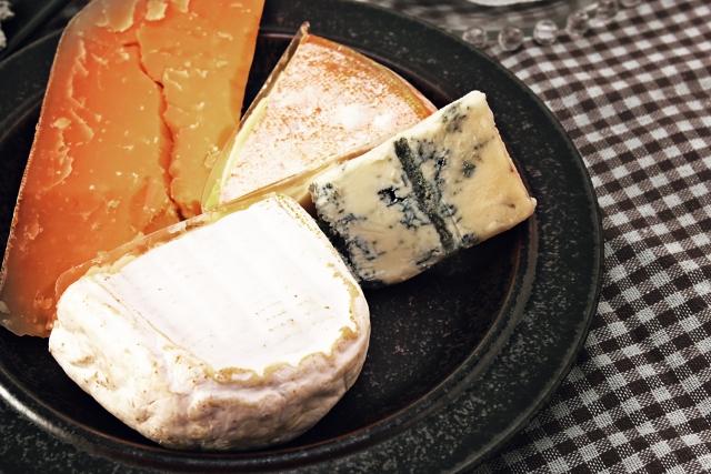 優れた栄養がいっぱい!チーズはカロリーが高いけど太らない