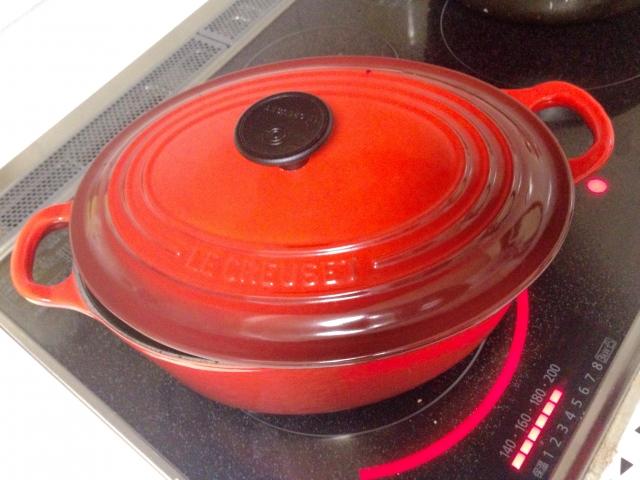 玄米のびっくり炊きができるルクルーゼのココットをご紹介