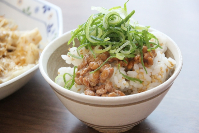納豆ご飯は高カロリー?なぜダイエット向きと言われるの?