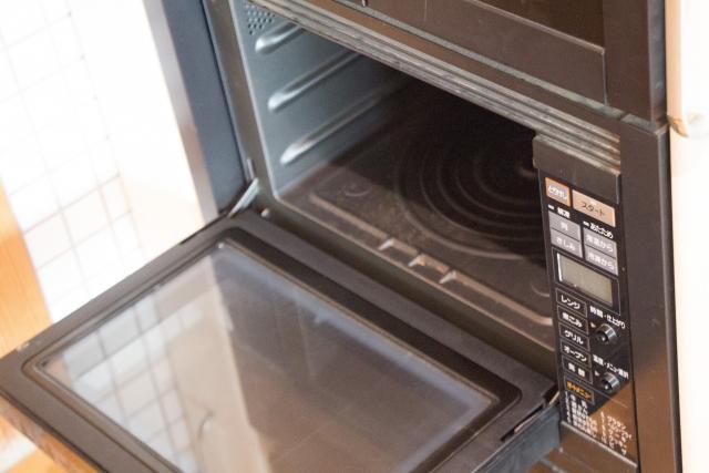 電子レンジ使用NGでオーブン使用OKのステンレス製品への疑問