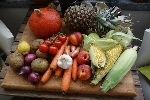 食事改善で便秘を解消するために食物繊維を積極的にとろう!