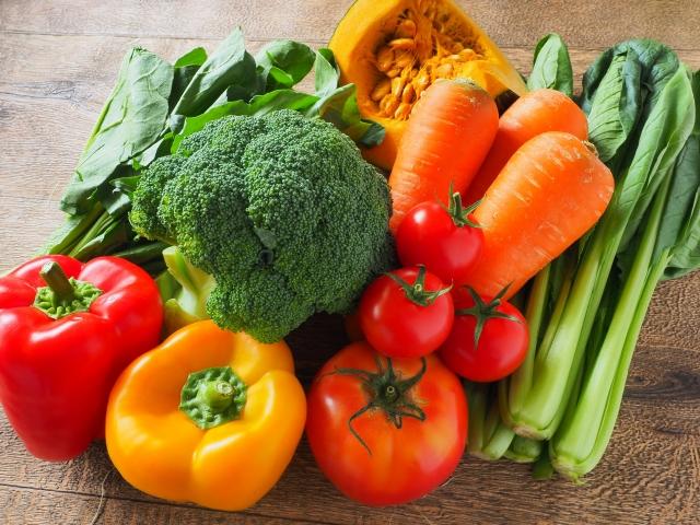 食生活改善でニキビをなくす!そのため摂りたいビタミンは?