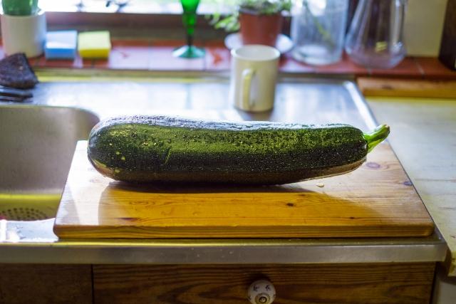 美味しい夏野菜!「ズッキーニ」の味噌汁レシピをご紹介!